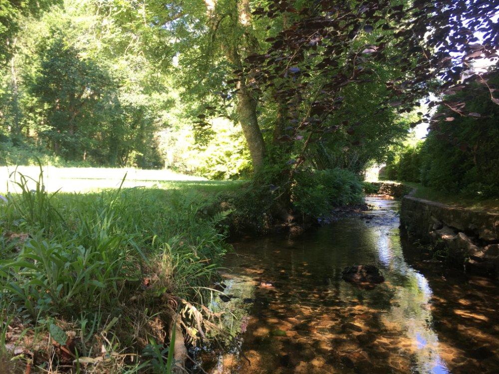 Aire camping-car à Plonéour-Lanvern (29720) - Photo 2